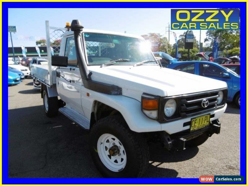 Toyota landcruiser hzj manual classic 2006 toyota landcruiser hzj79r 4x4 white manual 5sp m cab chassis for sale fandeluxe Gallery