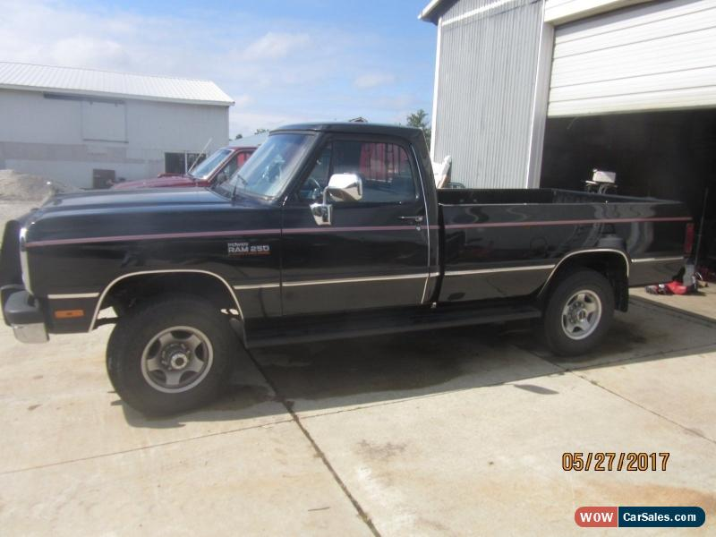 1991 dodge ram 2500 for sale in canada. Black Bedroom Furniture Sets. Home Design Ideas