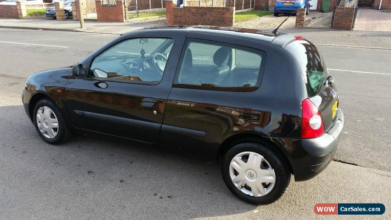 2002 renault clio expression 16v for sale in united kingdom. Black Bedroom Furniture Sets. Home Design Ideas