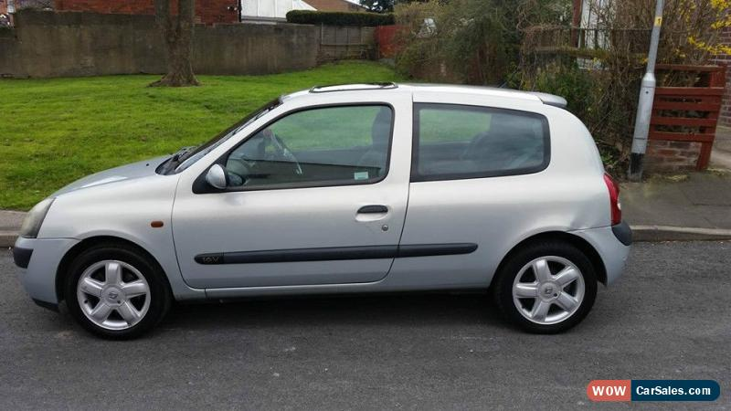 2002 renault clio dynamique 16v for sale in united kingdom. Black Bedroom Furniture Sets. Home Design Ideas