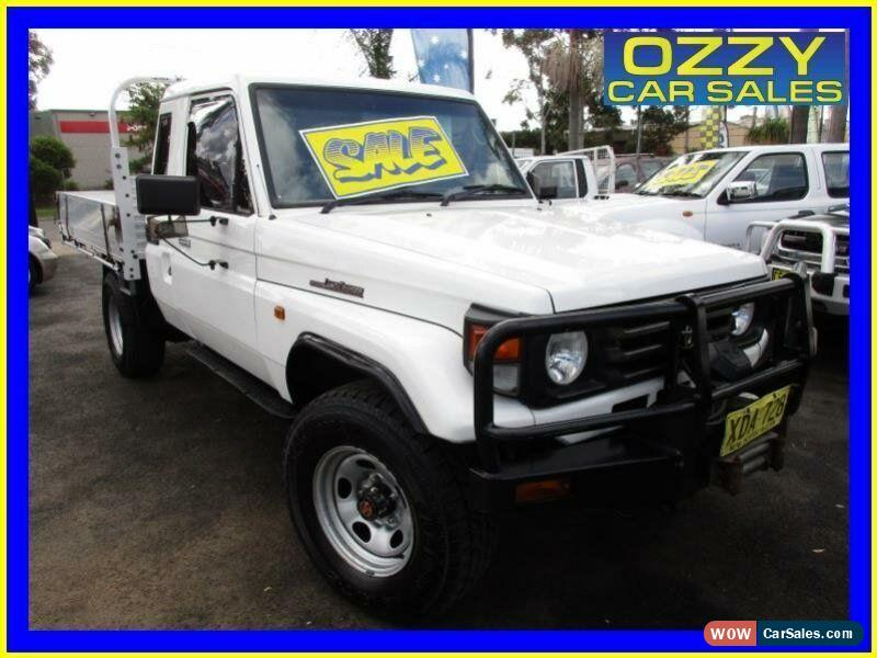 Toyota landcruiser hzj manual classic 2000 toyota landcruiser hzj79r 4x4 white manual 5sp m cab chassis for sale fandeluxe Gallery
