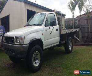 Classic 1999 HILUX 4WD singe cab 2.7l petrol (NEEDS NEW HEAD GASKET) for Sale