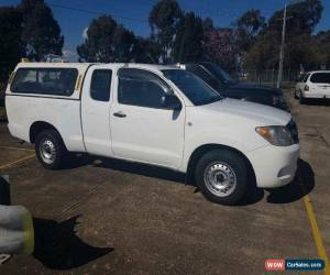 Classic 2007 Toyota Hilux GGN15R 07 Upgrade SR White Automatic 5sp A Extracab for Sale