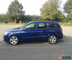 Classic 2005 vauxhall astra estate ultra blue 1.6 automatic easytronic new 12 months mot for Sale