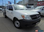 2006 Toyota Hilux GGN15R MY05 SR White Automatic 5sp A 2D Cab Chassis for Sale