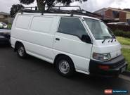 2006 Mitsubishi Express van  for Sale