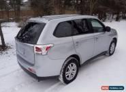 Mitsubishi: Outlander ES Sport Utility 4-Door for Sale