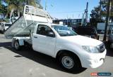 Classic 2010 Toyota Hilux GGN15R MY11 Upgrade SR White Manual 5sp M Cab Chassis for Sale