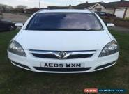 2005 VAUXHALL ZAFIRA DESIGN AUTO WHITE SELLING AS SPARES OR REPAIR HAS FULL MOT for Sale