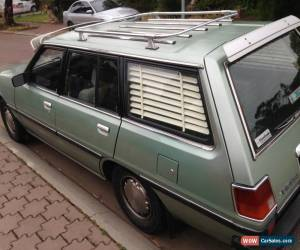 Classic 2.6 LUXURY DELUXE  MODEL, 5 SPEED, LOW KLM. SIGMA MITSUBISHI WAGON SUIT CHRYSLER for Sale