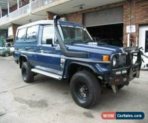 Classic 1996 Toyota Landcruiser HZJ75RV (4x4) 11 Seat Blue Manual 5sp M TroopCarrier for Sale