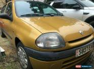 *Very low mileage - 1998 Renault Clio - only 25k miles for Sale