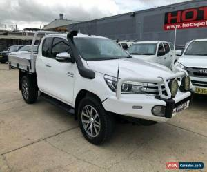 Classic 2015 Toyota Hilux GUN126R SR5 White Manual M Utility for Sale