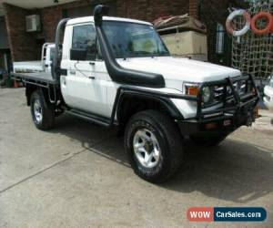 Classic 2002 Toyota Landcruiser HDJ79R (4x4) White Manual 5sp M Cab Chassis for Sale