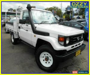 Classic 2002 Toyota Landcruiser HZJ79R (4x4) White Manual 5sp M Cab Chassis for Sale