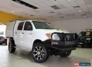 2006 Toyota Hilux KUN26R MY05 SR Glacier White Manual 5sp M 4D CAB CHASSIS for Sale