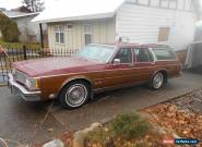 Oldsmobile : Custom Cruiser for Sale